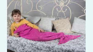 Плед Хвост русалки вязаный фиолетовый
