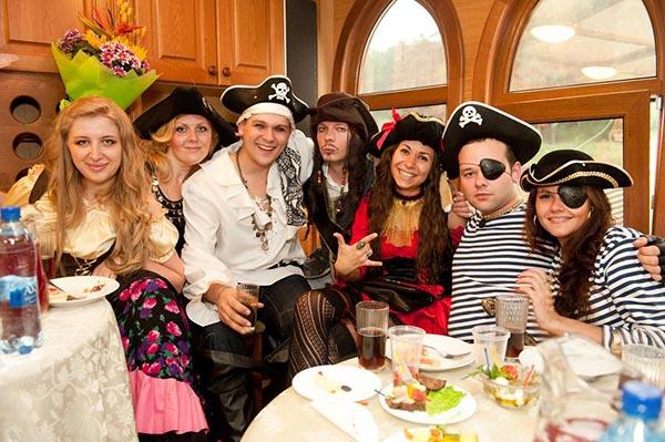 Как сделать вечеринку в морском стиле